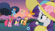 Rarity awkward smile S2E9