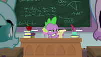 Spike reading Twilight's instructions S8E21