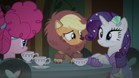 Applejack and Rarity sit at the table S5E21