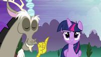 Discord smug and Twilight unamused S4E02