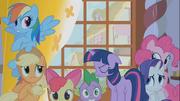 Ponies Spike Afraid Annoyed S1E9