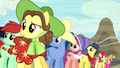 Ponies listening to Pinto Creek rodeo stallion S5E6.png