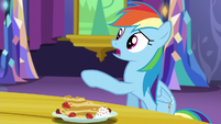 Rainbow Dash calls Twilight -out of it- S5E3