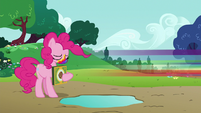 Rainbow Dash speeds away from Pinkie S6E15