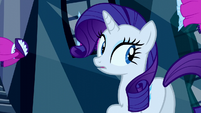Rarity looks behind her S5E13