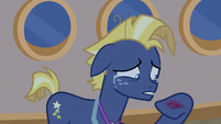 Star Tracker crying with a sore hoof S7E22