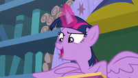 "Twilight Sparkle ""a Spell-venger Hunt!"" S8E15"