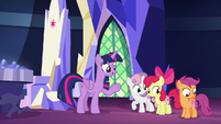 "Twilight Sparkle ""summoned by the Map"" S8E6"