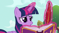 Twilight Sparkle gets more disappointed S7E14