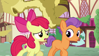 Apple Bloom --tryin' different things with my friends-- S6E4