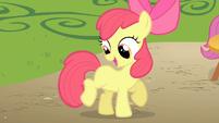 Apple Bloom cutie mark look S1E18