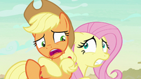 Applejack -little somethin' to be scared of- S8E23