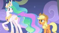 Applejack approaching Princess Celestia S8E7