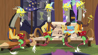 Discord duplicates about to have lunch break S7E12