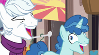 Double Diamond and Party Favor laughing at Starlight S6E25
