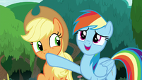 Rainbow correcting Applejack -field trip-- S8E9
