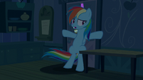 Rainbow takes shelter in Applejack's house S6E15