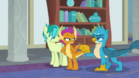 Smolder and Gallus claw-bump S8E1