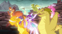 The dragons cheer S6E5