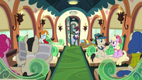 "All Aboard ""Next stop, Crystal Empire!"" S5E11"