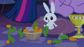 Angel with bowl of carrots S4E03.png