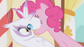 Pinkie Pie's eyes pop out S1E05