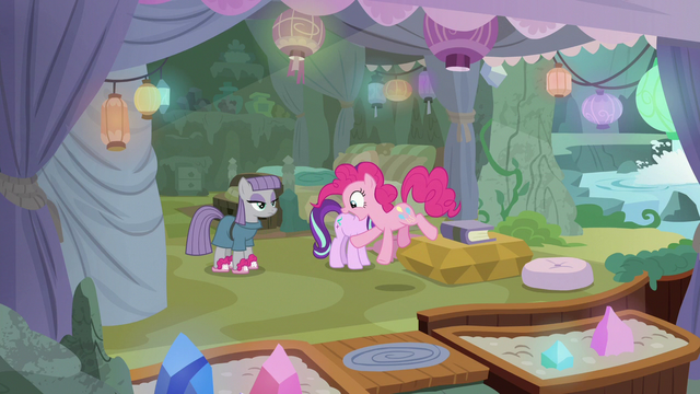 File:Pinkie notices Maud wearing BSFF slippers S7E4.png