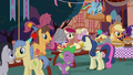 Ponies eating treats at the birthday party S8E3.png