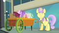 Pony receiving gem S4E08.png