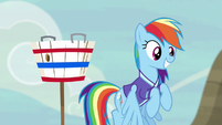 Rainbow Dash ready to play buckball S6E18