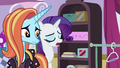 """Rarity """"slipping between the cracks"""" S7E6.png"""