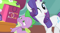 Rarity singing towards Spike S4E08