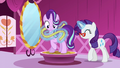 Rarity taking Starlight's measurements S6E6.png