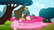 S03E03 Pinkie Tornado