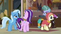 Starlight and Trixie check in at the inn S8E19