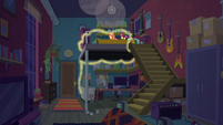 Sunset Shimmer in her house at night EGFF