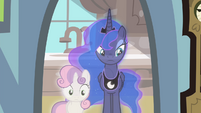 Sweetie Belle and Luna spectating S4E19