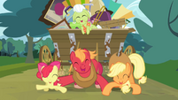 Apple Bloom, Big McIntosh and Applejack dancing S4E09