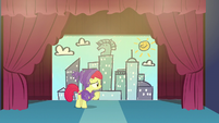 Apple Bloom motions for Tender Taps to come out S6E4