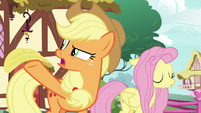 "Applejack ""nothin' but applesauce!"" S8E18"