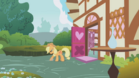 Applejack looking for worms S01E04