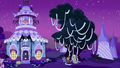 Crusaders TP a tree near Carousel Boutique S5E21.png
