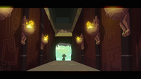 Daring Do enters the Temple S2E16