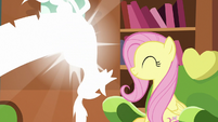 Discord poofing out of Fluttershy's house S7E12
