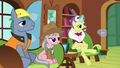Expert ponies listening to Fluttershy S7E5.png