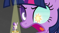 Giant Twilight with sun and moon in her eyes S7E10