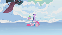Pinkie Pie skating S1E11