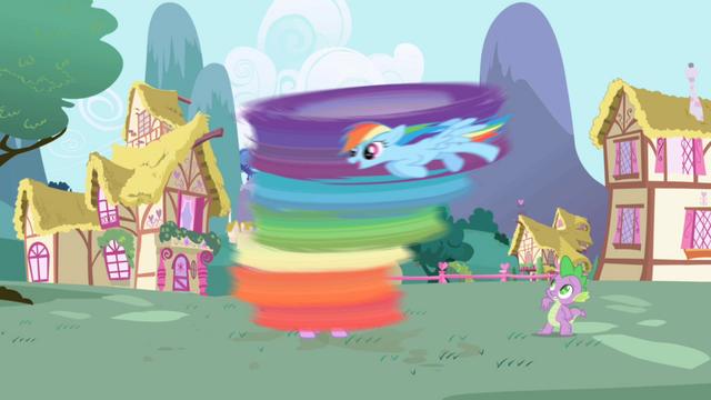 Файл:Rainbow Dash cleaning Twilight S1E01.png