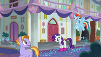 Rainbow and Rarity back at the school S8E17