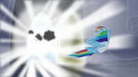 Rainbow gets blown away by lightning S5E5